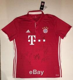 2015-16 BAYERN MUNICH Team Autographed Soccer Jersey Futbol Premier League COA