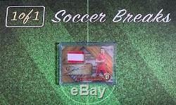 2019-20 Gold Standard Jersey Autograph ROBERT LEWANDOWSKI FC Bayern Munich 17/29