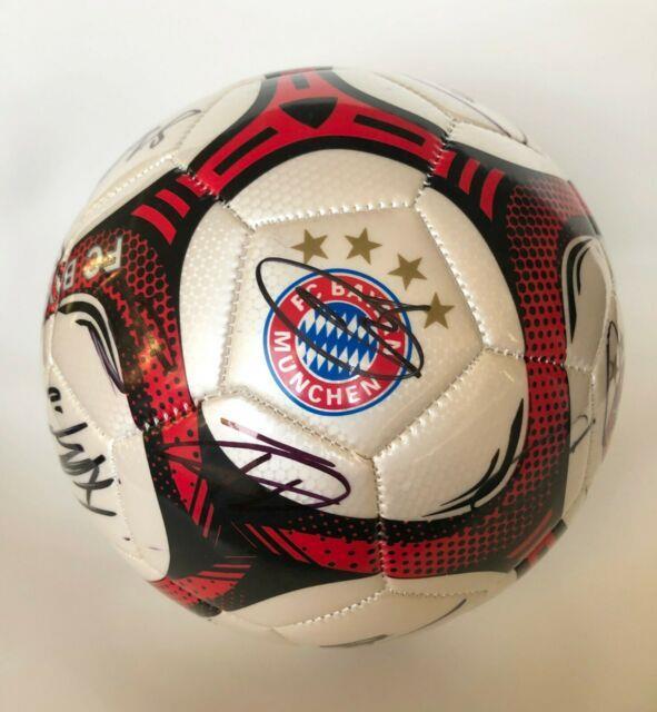 2019 Bayern Munich Usa Summer Tour Team Signed Soccer Ball Withproof Neuer Mueller