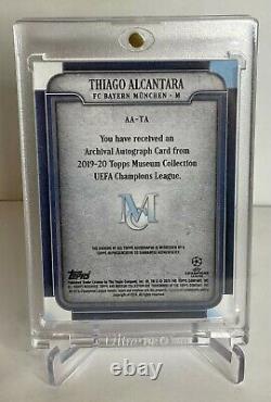 2020 Thiago Alcantara Topps Bayern Munich Autographed Soccer Card /25 Liverpool