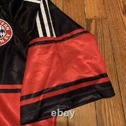 ADIDAS FC BAYERN Vintage Soccer Club Jersey Size XL Red Opel Striped Rare