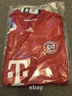 Adidas FC Bayern Munich München X Pharrell Williams Human Race Jersey Size Large