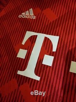c1730a34147 Alphonso Davies Signed Fc Bayern Munich Adidas Climalite Jersey Autographed  Coa