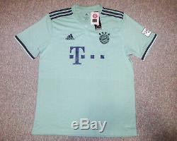 Alphonso Davies Signed FC Bayern Munich Away Green Jersey EXACT Proof JSA