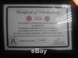 Arjen Robben Autographed Bayern Munchen Jersey