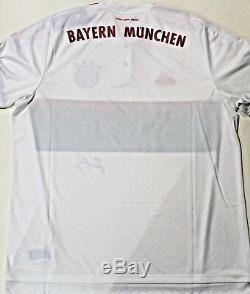 Bastian Schweinsteiger Signed Bayern Munich Soccer Jersey withJSA COA DD22663 XL
