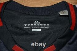 Bayern Munchen 2010/2011 Third Football Shirt Jersey Adidas #25 Muller Size M