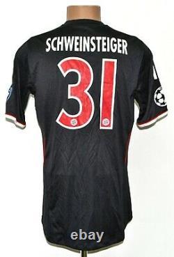 Bayern Munchen 2011/2012 Third Football Shirt Jersey #31 Schweinsteiger Size M