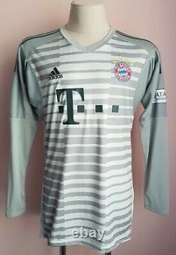 Bayern Munich 2018 2019 Goalkeeper football Adidas shirt #1 Neuer