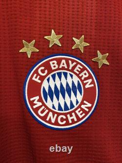 Bayern Munich Lewandowski 2020-2021 UCL player version jersey defect (READ)