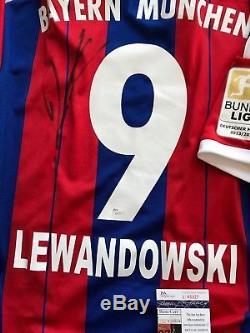 purchase cheap 258ab 4eb5f Bayern Munich Robert Lewandowski Autographed Signed Brand ...