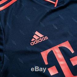 FC Bayern Munchen Stadium Jersey Champions League 1920 New Lewandowski Coutinho