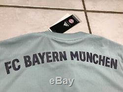 NWT ADIDAS CLIMACHILL Bayern Munich 2018/2019 Away Jersey Men's Small $130