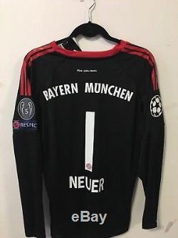 the latest 0b52d 4e48b Neuer 2017/18 Bayern Munich Black Goalkeeper Soccer Jersey ...