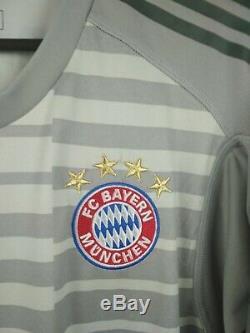 Neuer Bayern Munich jersey Small 2019 goalkeeper shirt DQ0704 soccer Adidas