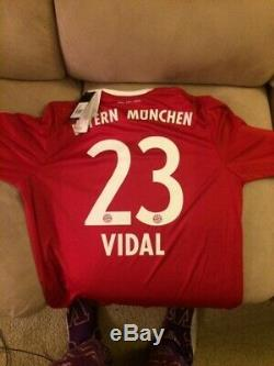 RARE Vintage Adidas Bayern Munich Home Vidal Soccer Football Jersey Adult Size L