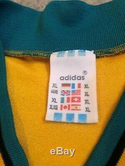 Vintage 1993-94 Bayern Munich Bundesliga Adult XL Yellow Adidas Soccer Jersey